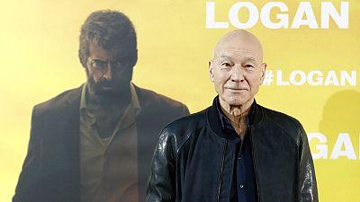 """Patrick Stewart: """"Me parece muy interesante que Lobezno y Charles Xavier envejezcan"""""""