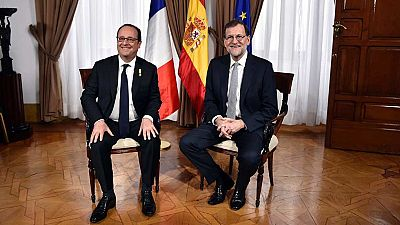 Hollande invita a Rajoy a una cumbre en Versalles junto a Merkel y Gentiloni