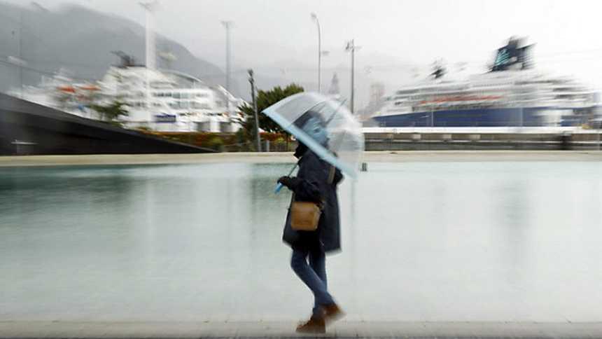 Nuboso con precipitaciones en Cádiz, Ceuta, Melilla e islas Canarias