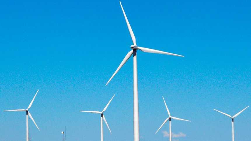 El viento y el oleaje tendrán en riesgo al litoral de Andalucía