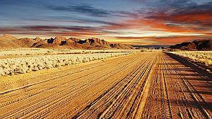 Un mundo aparte: Más allá de los desiertos