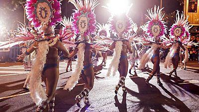 Cabalgata anunciadora del  Carnaval de Santa Cruz de Tenerife - ver ahora