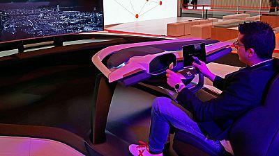 El sector del automóvil aprieta el acelerador y apuesta por el 'Internet de las cosas' en el MWC
