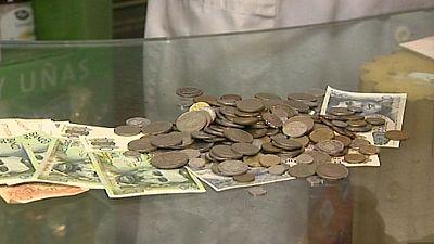 Una papelería de Madrid admite el pago en pesetas como medida para incentivar el consumo