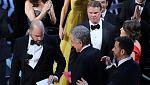 La Academia de Hollywood pide perdón por el error de los Oscar