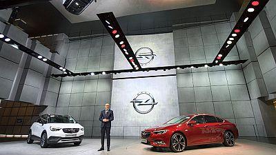 La compra de Opel por parte de PSA  marca el arranque del Salón Internacional de Ginebra