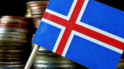 Islandia obligará a empresas públicas y privadas a pagar igual a hombres y mujeres por el mismo trabajo