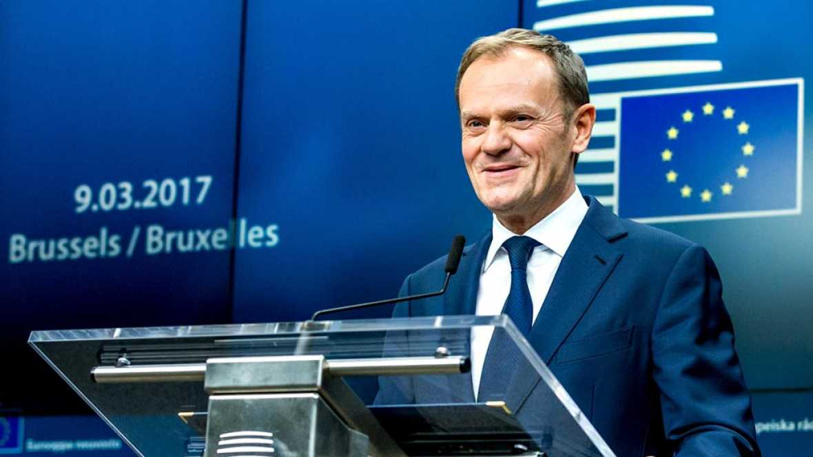 Consejo europeo los l deres de la ue reeligen a tusk for Presidente del consejo europeo