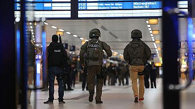 Al menos siete heridos por un ataque con hacha en la estación de trenes de Düsseldorf