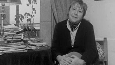 """Gloria Fuertes: """"Parece que la Real Academia es como el coñac, cosa de hombres"""" (1975)"""