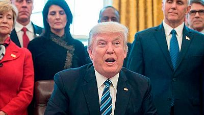 La era Trump - 24 millones de estadounidenses perderán su seguro sanitario con la reforma de Trump