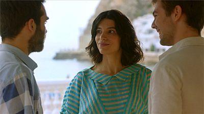 Cuéntame cómo pasó - Marcos le pide a Inés que deje de esconderle
