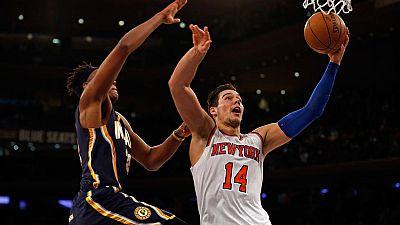 Con un doble-doble de 13 puntos y 16 rebotes, Willy Hernángomez ha destacado de nuevo como titular en los Knicks, mientras que Álex Abrines también anotó 13 puntos con los Thunder.