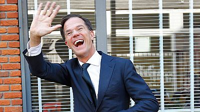 Los sondeos a pie de urna conceden una victoria holgada al conservador Rutte frente al ultraderechista Wilders