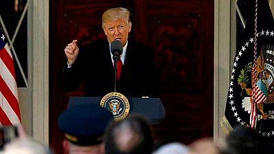 Un juez federal bloquea temporalmente el nuevo veto migratorio de Trump