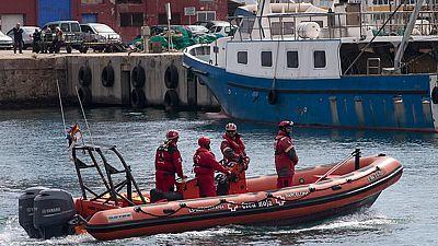 Localizado el barco pesquero naufragado en Barcelona mientras sigue la búsqueda de los dos desaparecidos
