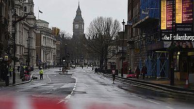 La policía británica lleva a cabo una amplia investigación tras el ataque