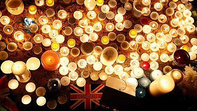 Londres homenajea a las víctimas del atentado
