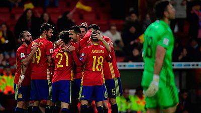 Con un disparo cruzado tras pase de Thiago, el canario Vitolo hizo el segundo gol de España contra Israel al filo del descanso.