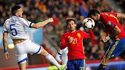 España se puso 3-0 sobre Israel con un remate de cabeza de Diego Costa en el saque de un córner.