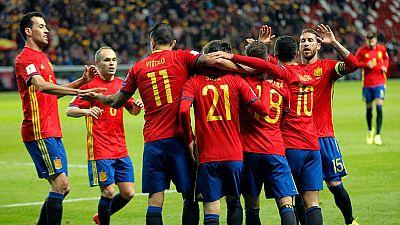 España golea a Israel en El Molinón (4-1)