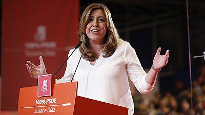 """Susana Díaz se presenta a las primarias del PSOE """"con ilusión"""" para """"ganar como con González o Zapatero"""""""