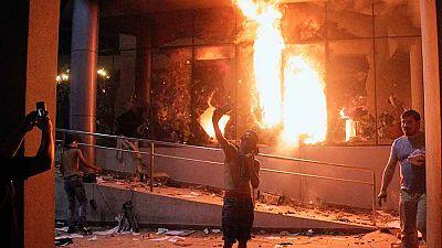 Los disturbios en Paraguay dejan un muerto y el incendio del Parlamento