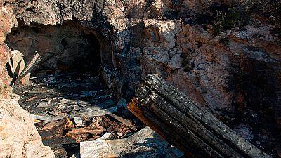 Tres jóvenes mueren al arder una casa cueva en Almería