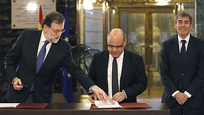 Rajoy firma con UPN y Coalición Canaria el apoyo a los Presupuestos