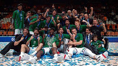 El Unicaja de Málaga ha conseguido levantar la Eurocup al ganar el tercer y decisivo encuentro contra Valencia Basket en la Fonteta por 58-63.