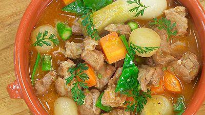 Torres en la cocina - Caldereta de cabrito con verduras de primavera