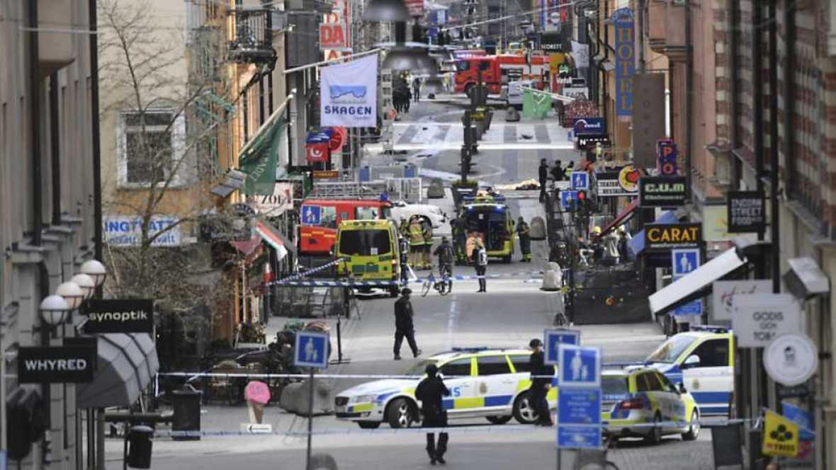 Avance informativo con la última hora acerca del atropello múltiple en Estocolmo.