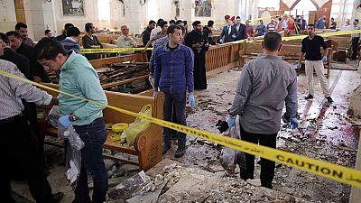Dos atentados contra iglesias coptas en Egipto dejan decenas de muertos