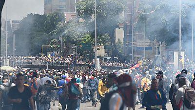 17 heridos y unos 50 detenidos en manifestaciones en Venezuela