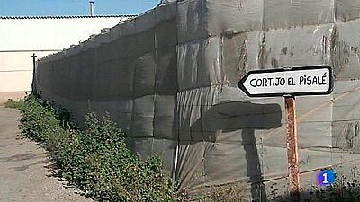 Encuentran en Almería el cadáver de una mujer con un golpe en cabeza y a su expareja ahorcada