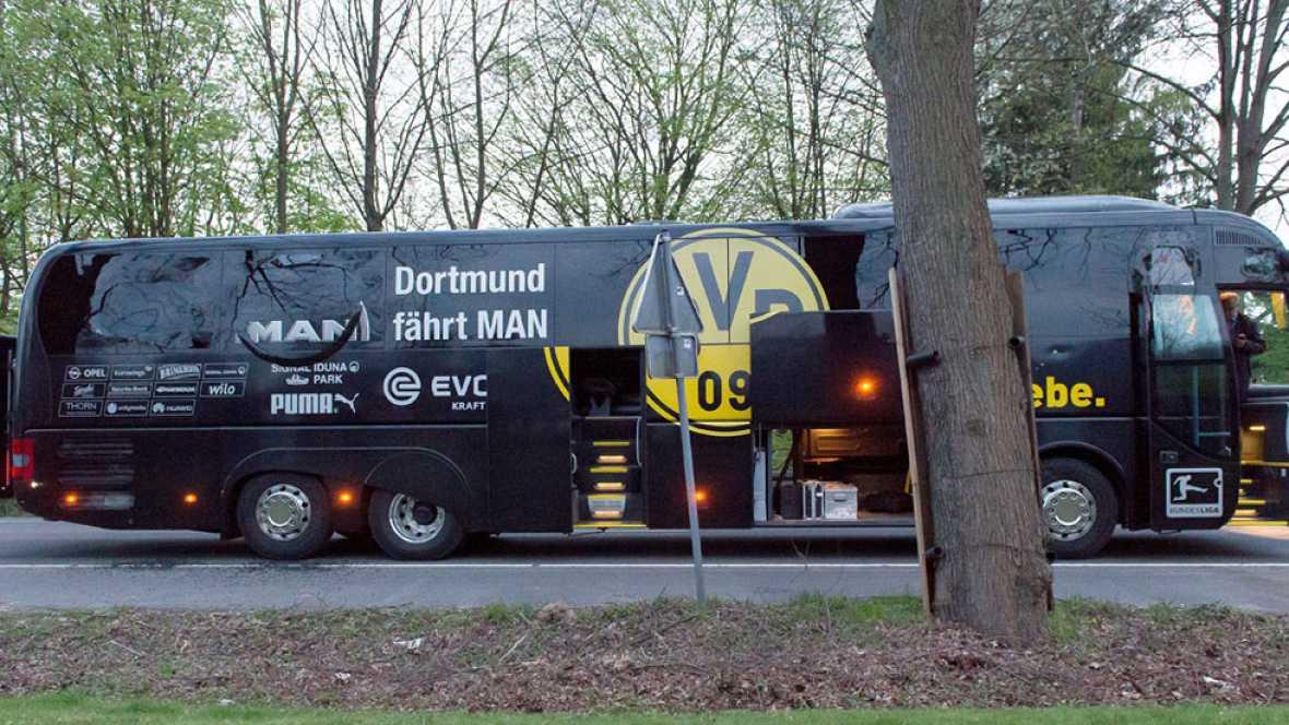 Marc Bartra, herido grave tras la explosión al paso del autobús del Dortmund