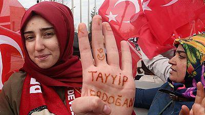 Los observadores internacionales afirman que el referéndum turco no cumplió con los mínimos democráticos