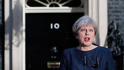 """Theresa May convoca elecciones anticipadas para ganar """"estabilidad"""""""