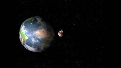 Un asteroide más grande que el Peñón de Gibraltar, alcanzará mañana su punto de máximo acercamiento a la Tierra