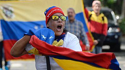 La oposición a Maduro sale de nuevo a la calle