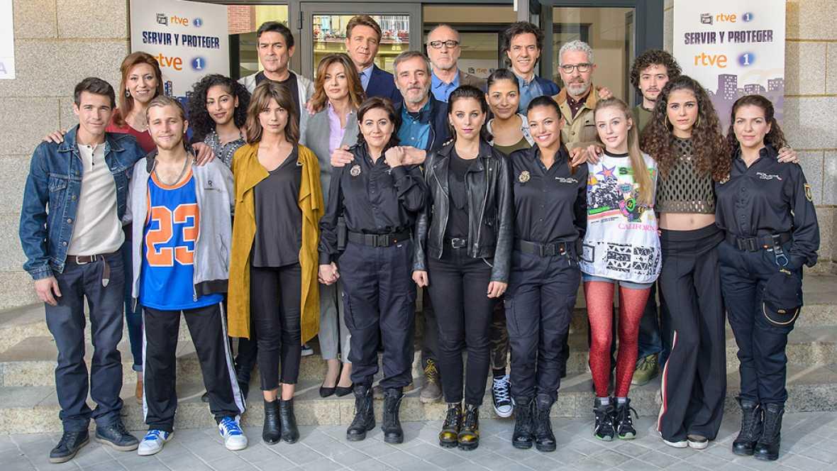 RTVE presenta 'Servir y proteger', la nueva serie de las tardes de La 1