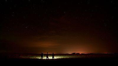 Anoche en todos los municipios palmeros apagaron la luz para mirar al cielo