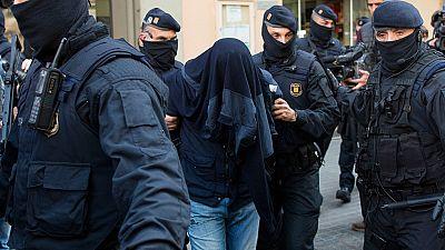 Ocho detenidos en una operación contra el terrorismo yihadista y el crimen organizado en Cataluña