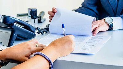 El personal de banca tendrá que cumplir una serie de requisitos para aconsejar inversiones