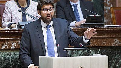 Comienza el debate de investidura del candidato del PP, Fernando López Miras