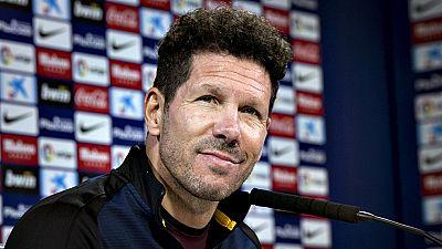 """El argentino Diego Simeone, entrenador del Atlético de Madrid, admitió este viernes que estaba """"preocupado"""" con una posible sanción por sus protestas al asistente en el partido del pasado martes ante el Villarreal, pero expuso que """"había sido muy res"""