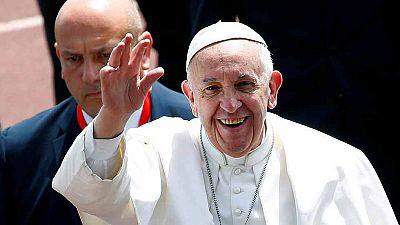 El papa hace un llamamiento contra el extremismo en el cierre de su visita a Egipto