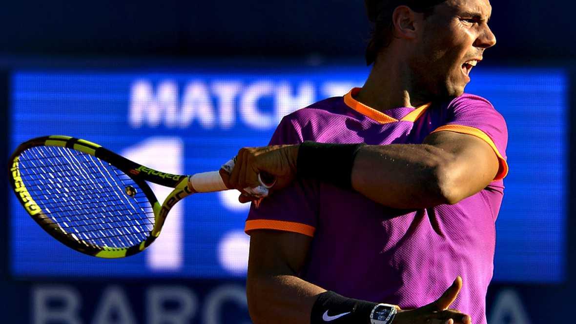 El español Rafael Nadal, vigente campeón del Barcelona Open Banc Sabadell-Trofeo Conde de Godó, se clasificó, por décima vez, para la final del torneo, tras vencer este sábado al argentino Horacio Zeballos por 6-3 y 6-4 en una hora y treinta y cuatro