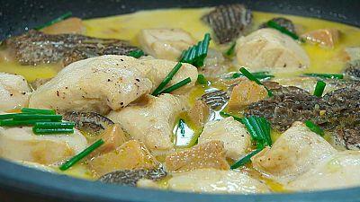 Torres en la cocina - Pollo guisado con colmenillas