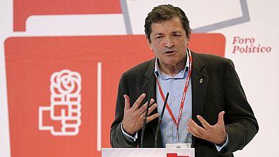 Javier Fernández rechaza la moción de censura y recuerda a Pablo Iglesias que no permitió un gobierno alternativo